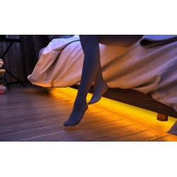 La bande led s'illumine automatiquement à votre descente de lit.